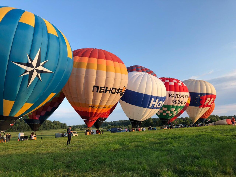 Калужане участвуют в Фестивале воздухоплавателей им. Крякутного по случаю 805-летия Нерехты