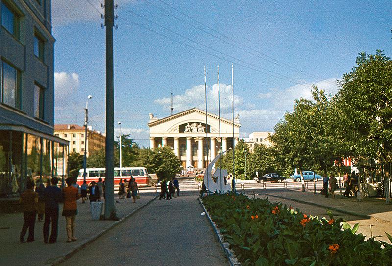 Театральную улицу планируется реконструировать