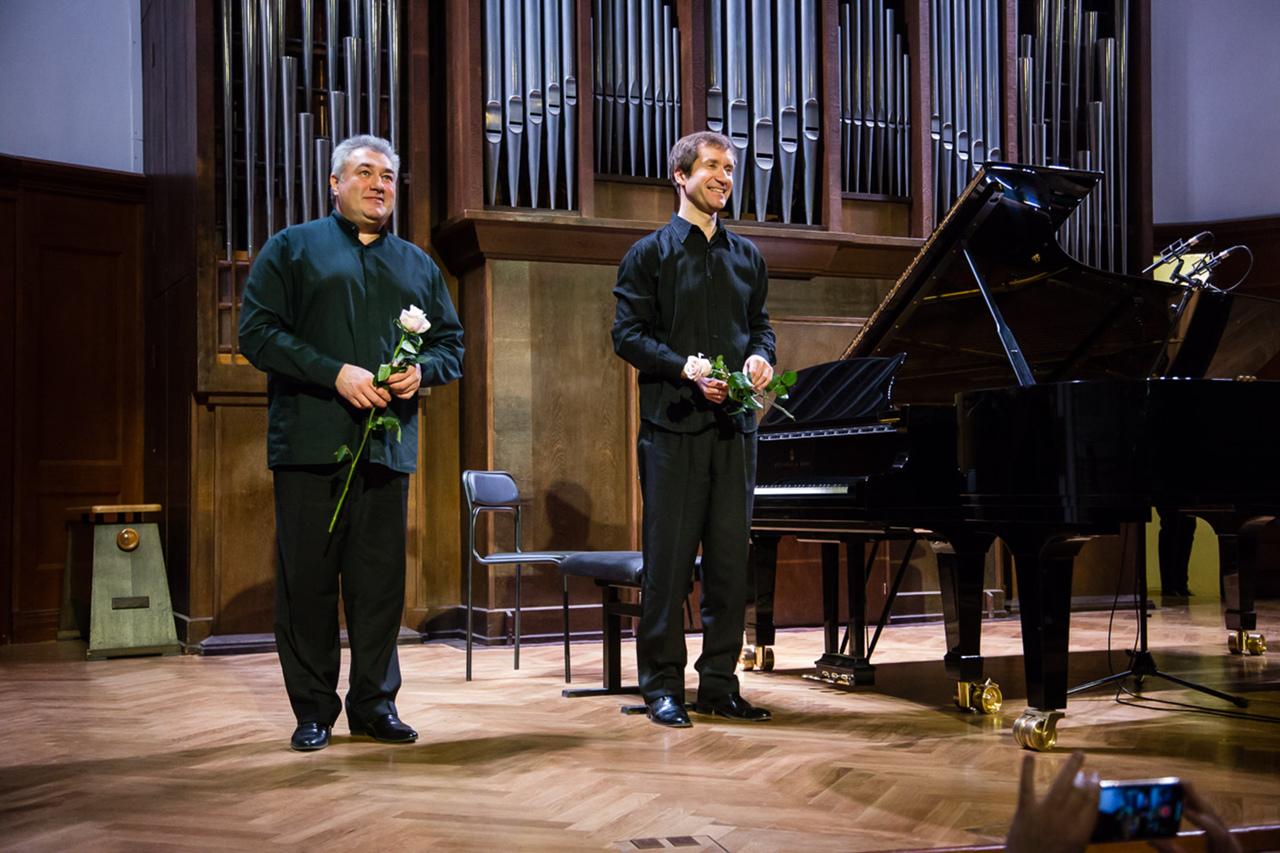 Трансляция концерта Николая Луганского и Вадима Руденко